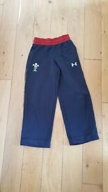 Wales rugby tracksuit trousers