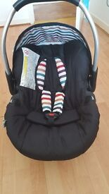 Hauk 3 in 1 travel system in great condition
