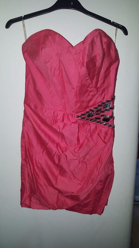 Pink lipsy dressin Norris Green, MerseysideGumtree - Pink Lipsy Dress Worn once Size 12 Good condition Great for any occasion Can be ironed Boob tube style