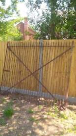 Heavy duty steel gate