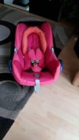 Maxi cosi cabriofix pink car seat