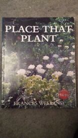 Gardening books bundle of 5, excellent condition