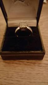 Platinum 9 diamond ring