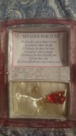 Glass rose with gift box and poem