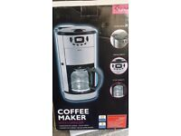 Used Delta Coffee Machine with Grinder, lovely condition, boxed with instructions
