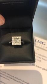 Stunning diamond dress ring white gold nearly new