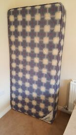 Single Mattress_very good condition_urgent sale