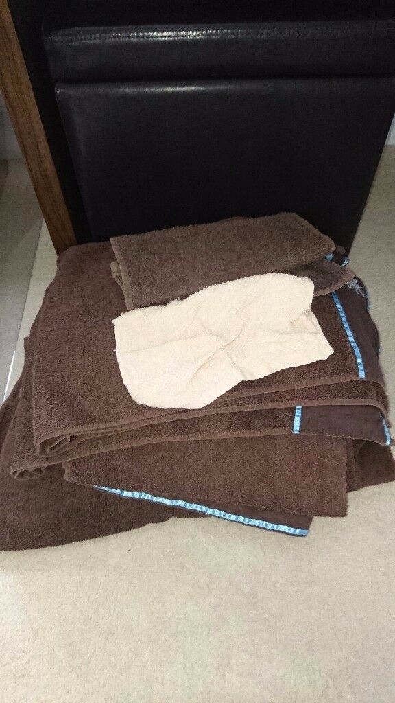Old towels - Selection of sizes
