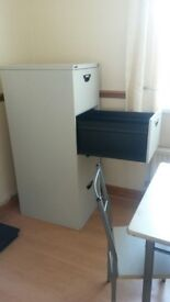 Filing cabinet unit drawers