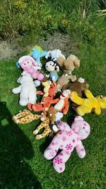 16 cuddly toys
