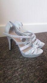 size 3 womans heels