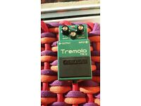 Boss Tremolo TR-2 guitar effect pedal