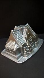 NORDICWARE CAKE TIN GINGERBREAD HOUSE