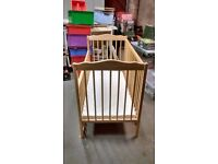 Cot wooden(Mothercare)