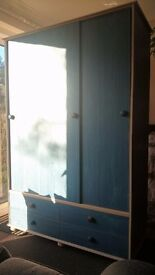 Wardrobe in very good condition - Galhampton