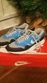 Nike air max men in size 9