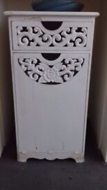 WHITE WOOD CARVED SIDE TABLE