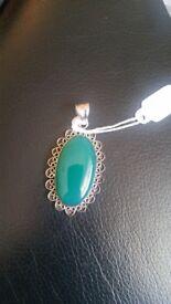 Big green jade pendant silver