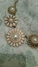 Jewel flowery fashion necklace