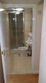 Double bedrooms, three bathrooms, Refurbished, Bullingdon Road, Cowley, Tesco,Sainsbury, Including