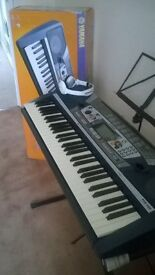 PSR282 Yamaha Keyboard very good condition. Very good tone, with strong stand and original box.