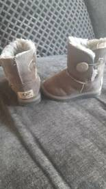 Infant girls 6 ugg boots