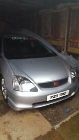 Honda Civic Type R excellent condition call or tx on 07522645422 for any info