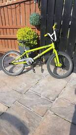 Voodoo bmx bike 19inch wheels