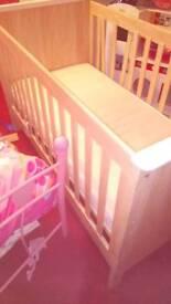 Mama papas cot bed good condition