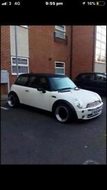 MINI COOPER DOUBLE SUNROOF LEATHERS LOW MILLEAGE ONLY 75k