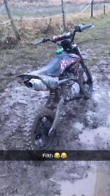 Super stomp 140cc pitbike
