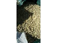 Cotswold gold chippings gravel