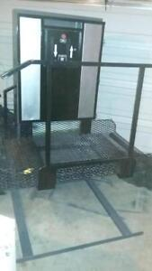 Wheelchair Lift - Reconditioned and Excellent Working Condition