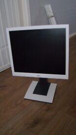 "Fujitsu b17-5 Monitor, 17"" LCD display"