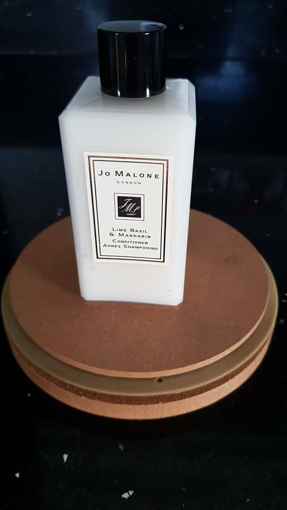 Jo Malone Lime Basil and Mandarin conditioner