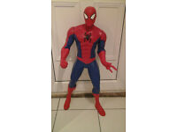 Ultimate Spiderman 31inch/78cm tall action figure