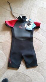 Kids wetsuit BNWT (size K10)