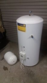 UNVENTED WATER HEATER AND EXPANSION VESSEL