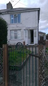 3BED SEMI BARGOED WITH DRIVEWAY