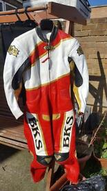 Women's motorbike leathers brand new without tags