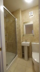Large double en-suit room in springbourne