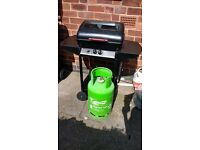 Gas BBQ with gas bottle like new