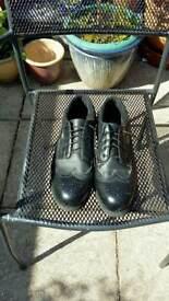 Hi tec size 9 golf shoes good condition