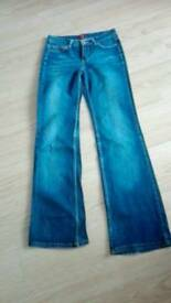 Trousers size 8
