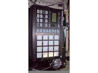 Maschine Mikro Mk2 with case & software DRUM MACHINE SYNTH DJ