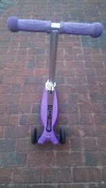 Maxi Micro Scooter Purple