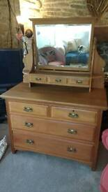 Antique Chest of Drawers/Dressing Table
