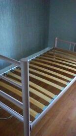 Metal pink 3ft bedstead bed frame .