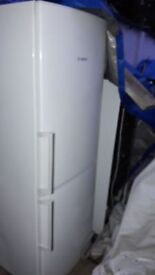 **BOSCH**FRIDGE FREEZER**FROST FREE**A+ RATED**COLLECTION\DELIVERY**NO OFFERS**ONLY 1 YEAR OLD**