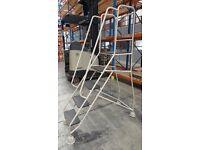 Mobile Safety Step Ladder 5 Steps Warehouse Shop e=Equipment
